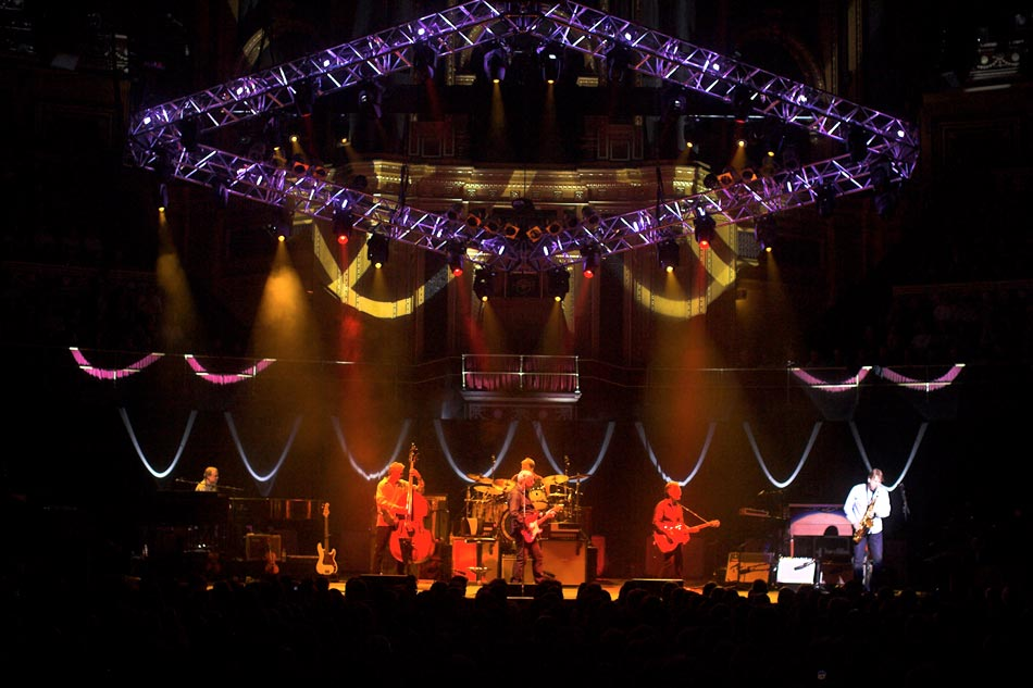 Entec Invests For Mark Knopfler Tour Sound And Light